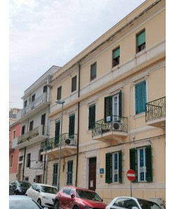 Ufficio Via Crocifisso - di fronte Duomo Reggio Calabria
